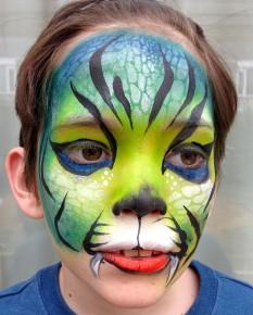 Tiger with stencil